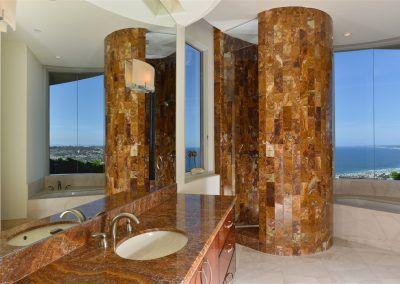 Bath 4 - 7455 Hillside Drive