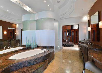 Master Bath - 7455 Hillside Drive