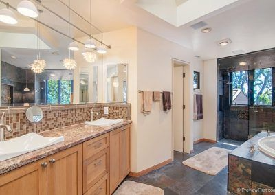 Master Bath - 209 Torrey Pines Terrace