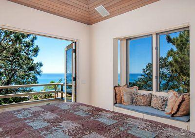 Master Bedroom Ocean View - 209 Torrey Pines Terrace